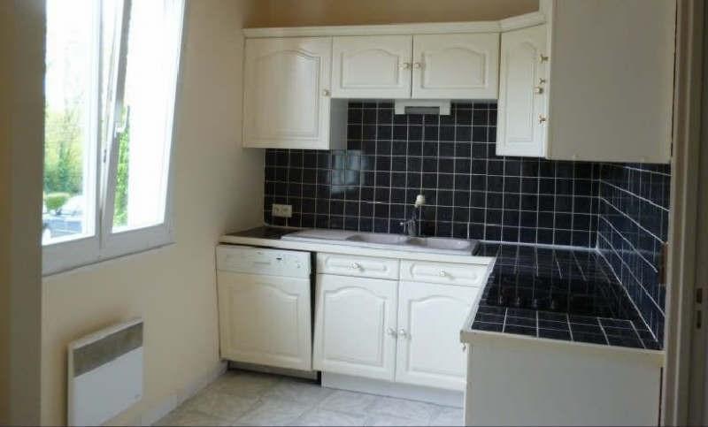 Rental apartment Parmain 795€ CC - Picture 1