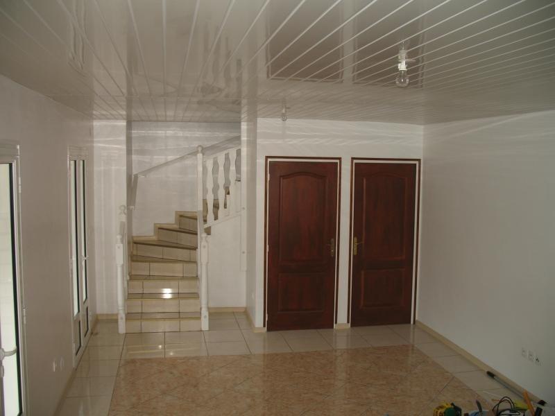 Rental house / villa La possession 806€ CC - Picture 3