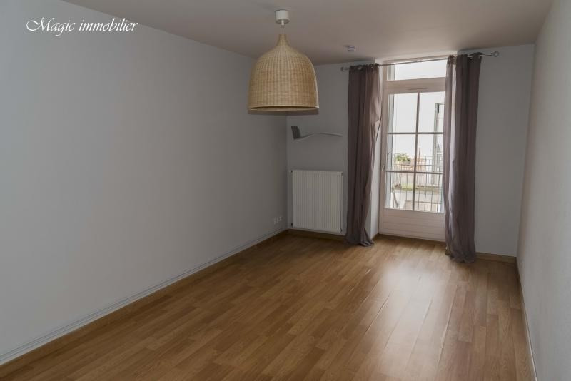 Rental apartment Nantua 309€ CC - Picture 3