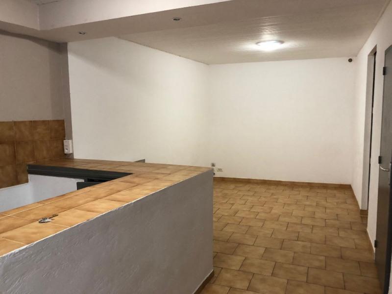 Sale apartment Aubagne 69000€ - Picture 3