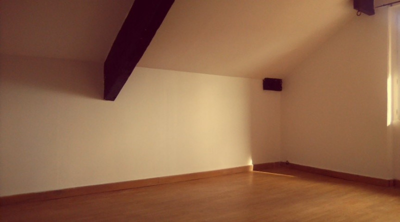 Investment property apartment L'isle adam 88 000€ - Picture 1