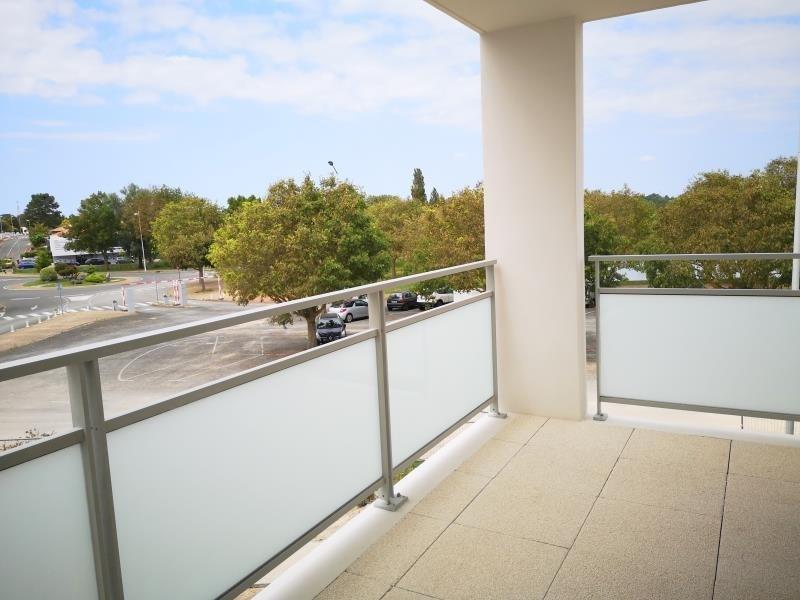 Sale apartment Royan 221600€ - Picture 2