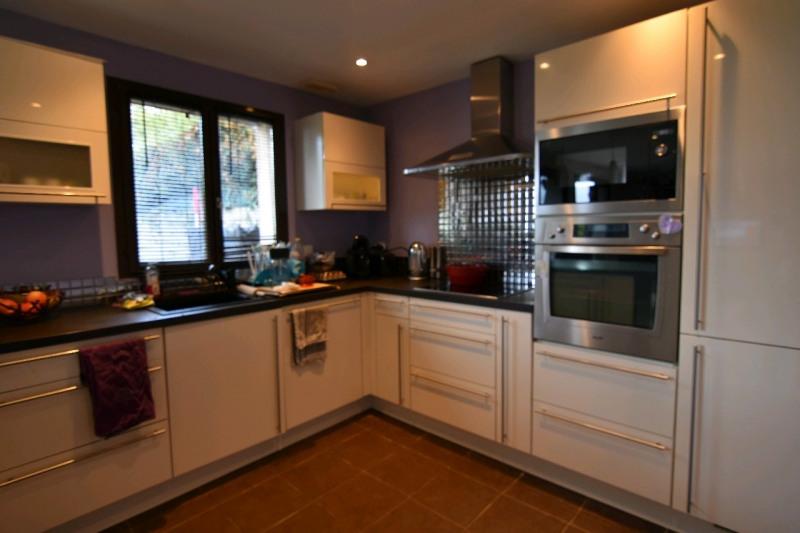 Sale house / villa Bornel 329000€ - Picture 3