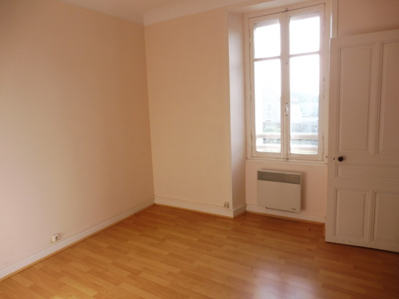 Rental house / villa Jallais 430€ CC - Picture 6