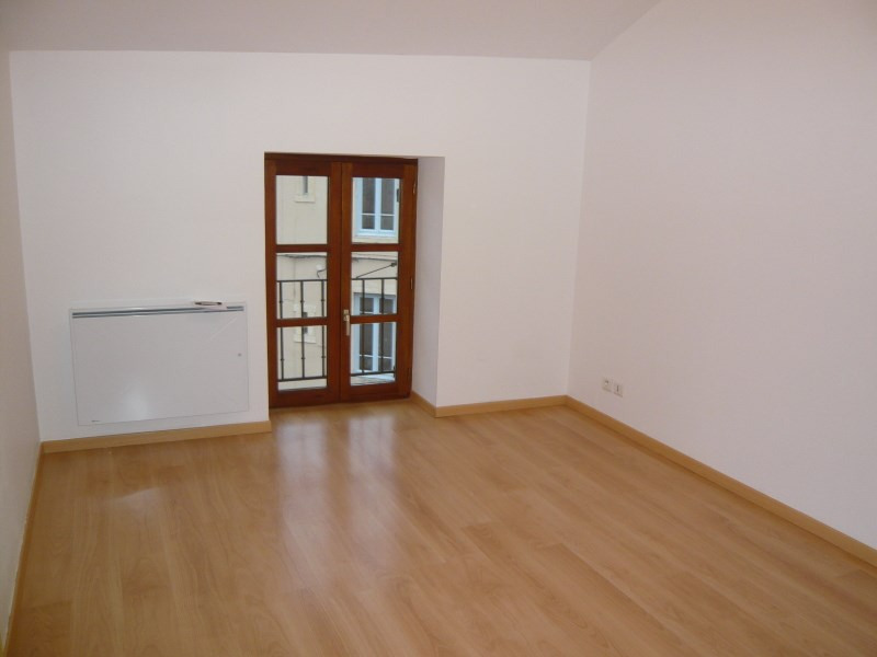 Location appartement Bourgoin jallieu 497€ CC - Photo 3