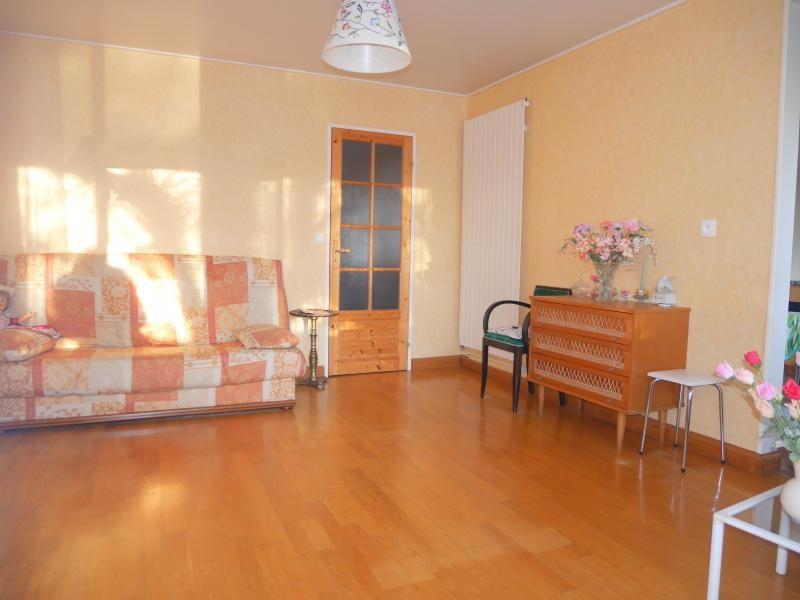 Sale apartment Le rheu 109500€ - Picture 4