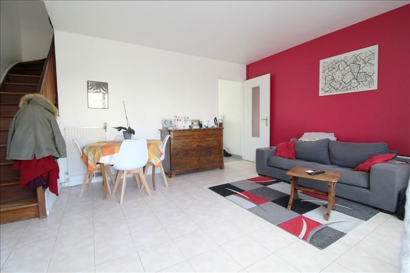Sale apartment Maurepas 199999€ - Picture 1