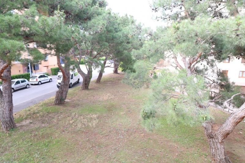 Sale apartment Salon de provence 136500€ - Picture 2