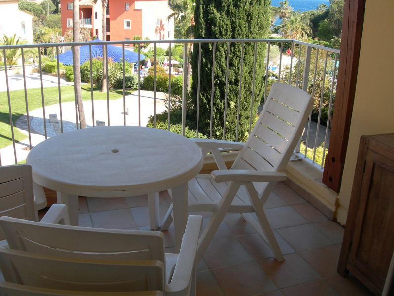 Location vacances appartement Les issambres 525€ - Photo 2