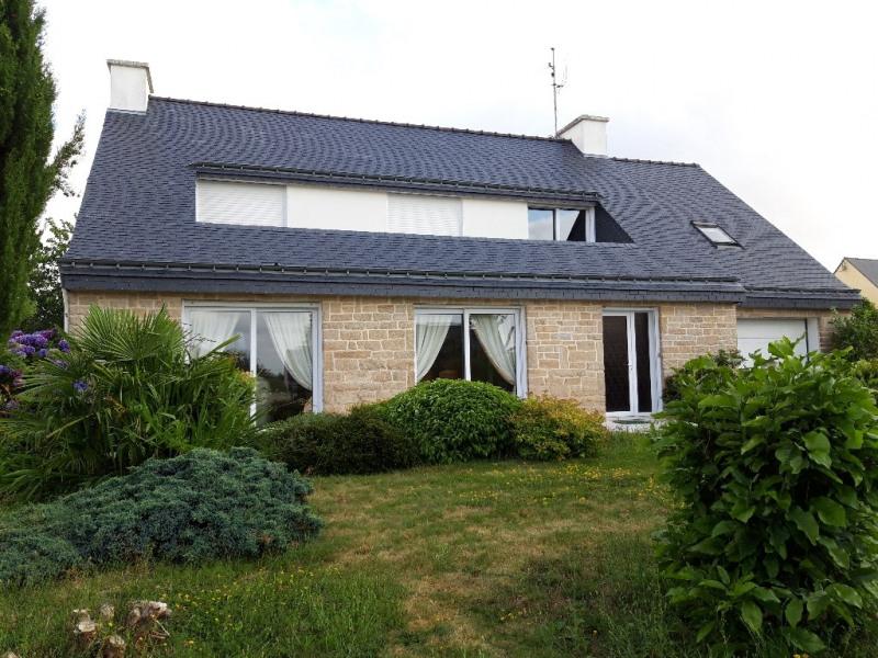 Sale house / villa Guegon 210000€ - Picture 1