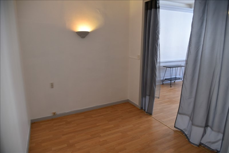 Location appartement Nantua 475€ CC - Photo 4