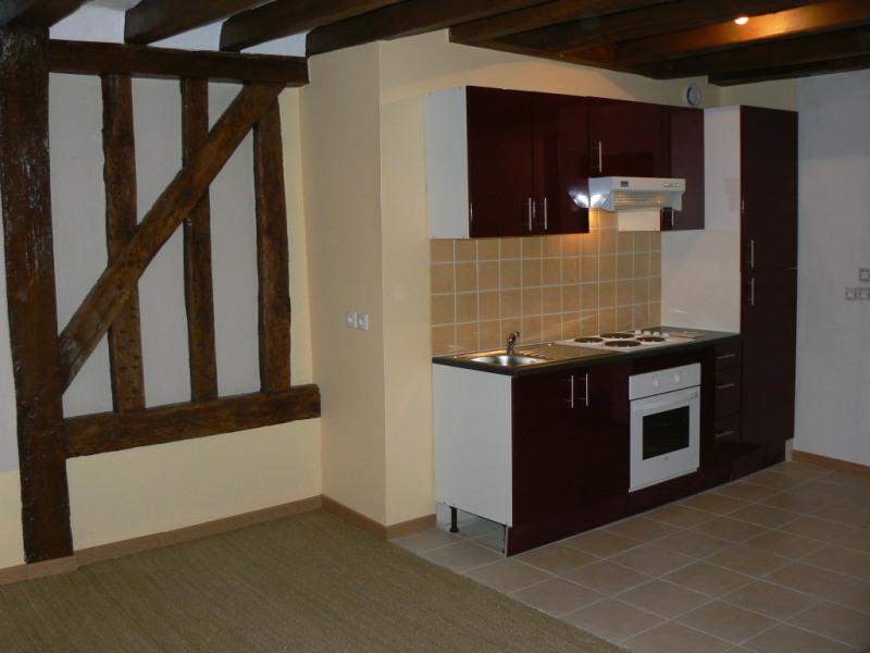 Sale apartment Chateau renault 56300€ - Picture 1