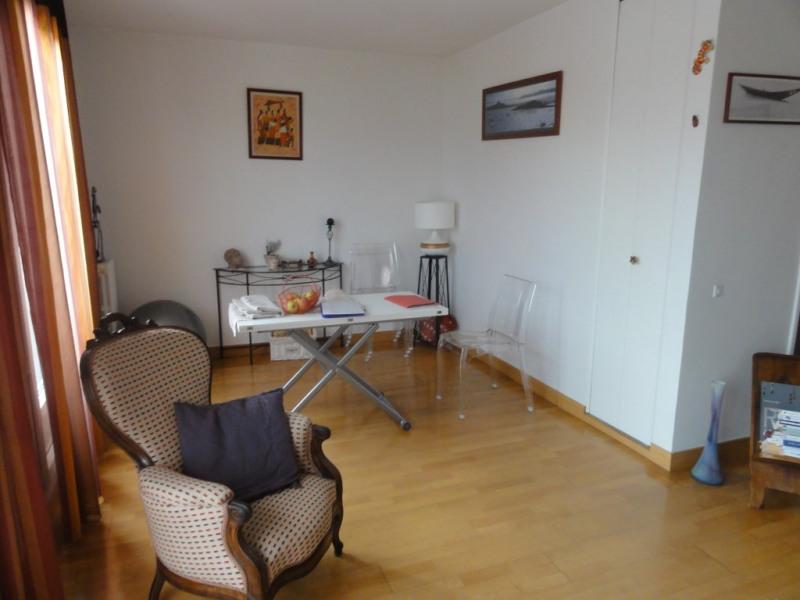 Deluxe sale apartment Rueil malmaison 300000€ - Picture 2