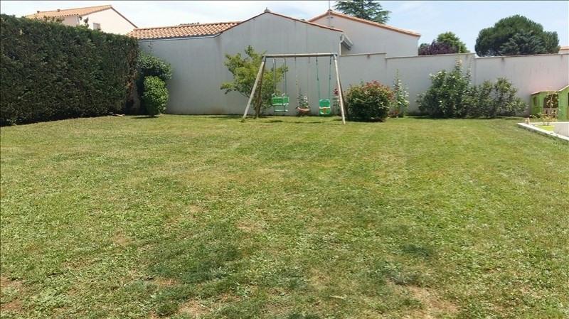 Sale house / villa Aiffres 301900€ - Picture 5