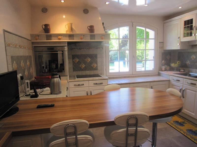 Sale house / villa Forges les bains 605000€ - Picture 9