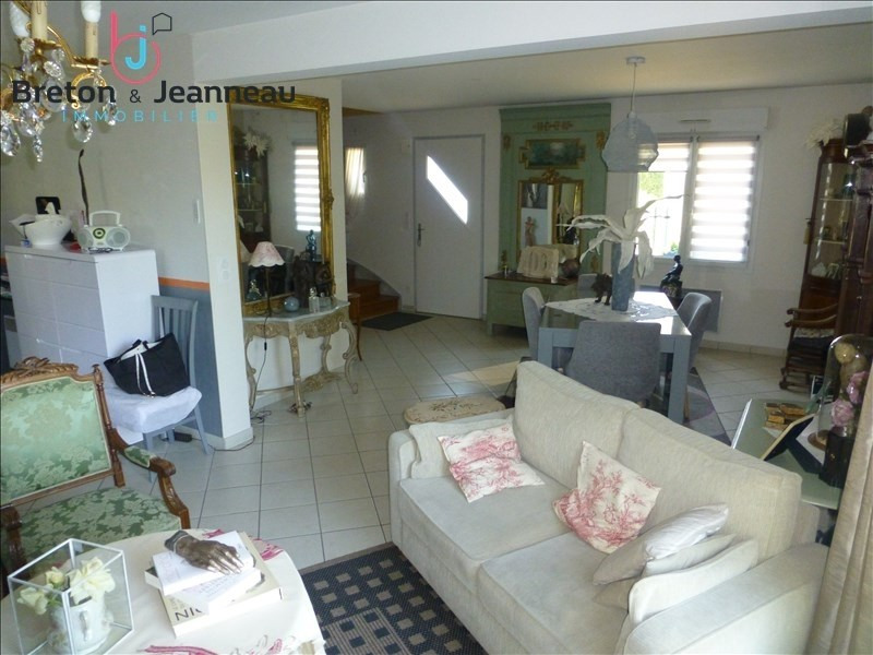 Investment property house / villa Laval 149760€ - Picture 5