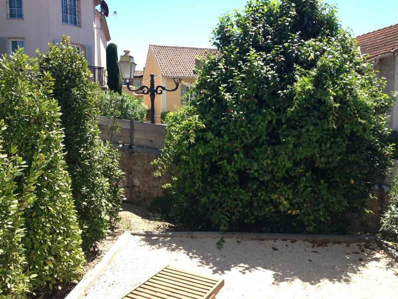 Location vacances maison / villa Saint-tropez 1 050€ - Photo 4