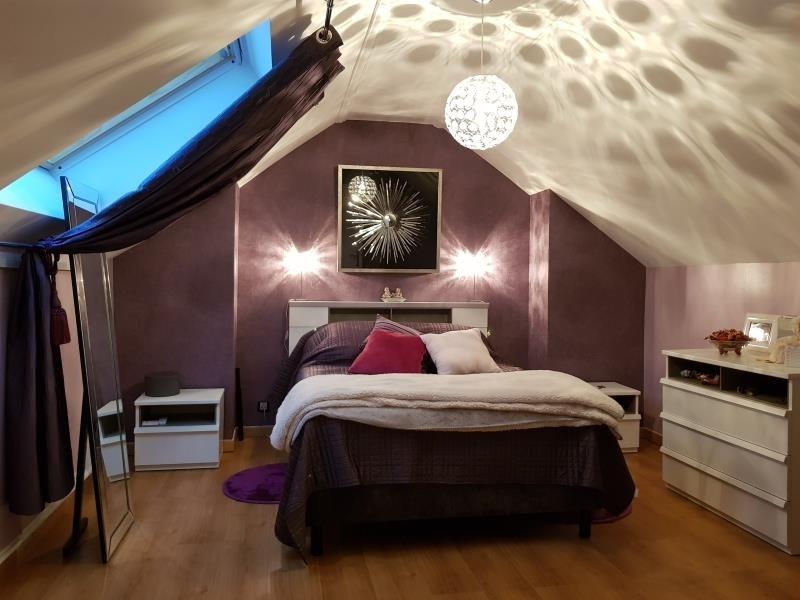 Sale house / villa La queue en brie 499700€ - Picture 9