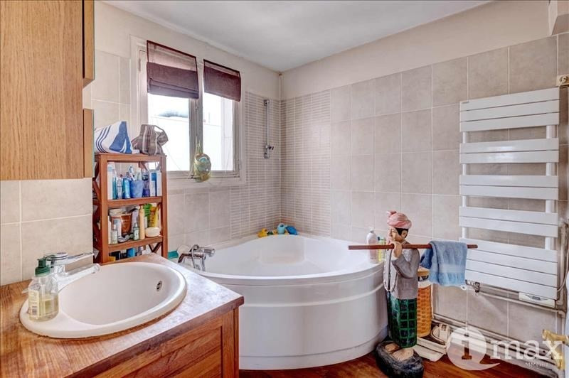 Sale apartment Courbevoie 597 000€ - Picture 5
