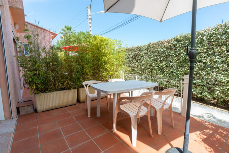 Produit d'investissement appartement Hyeres 155 000€ - Photo 1