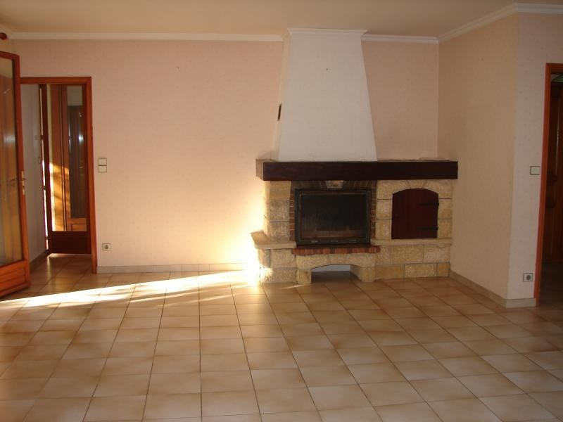Sale house / villa L isle jourdain 357 000€ - Picture 3