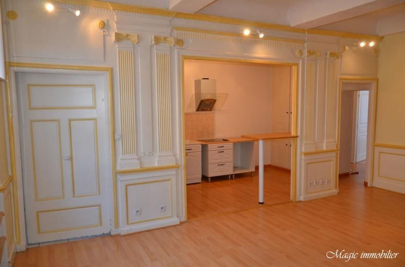 Rental apartment Nantua 413€ CC - Picture 2