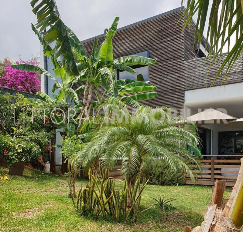 Sale house / villa La possession 478000€ - Picture 1