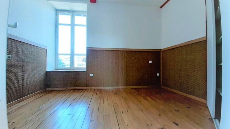 Sale apartment Pau 207500€ - Picture 6