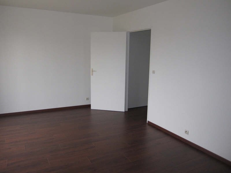 Rental apartment Bretigny sur orge 592€ CC - Picture 1