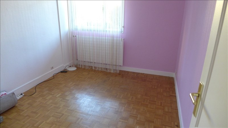 Location appartement Garches 1122€ CC - Photo 3