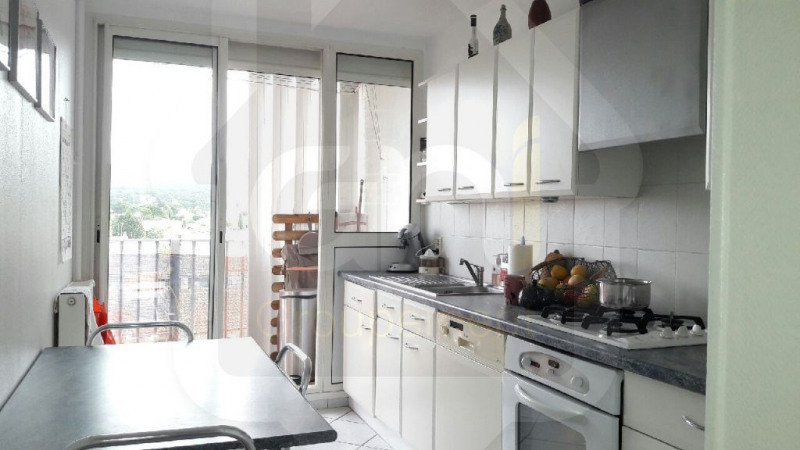 Sale apartment Rognac 210 000€ - Picture 2
