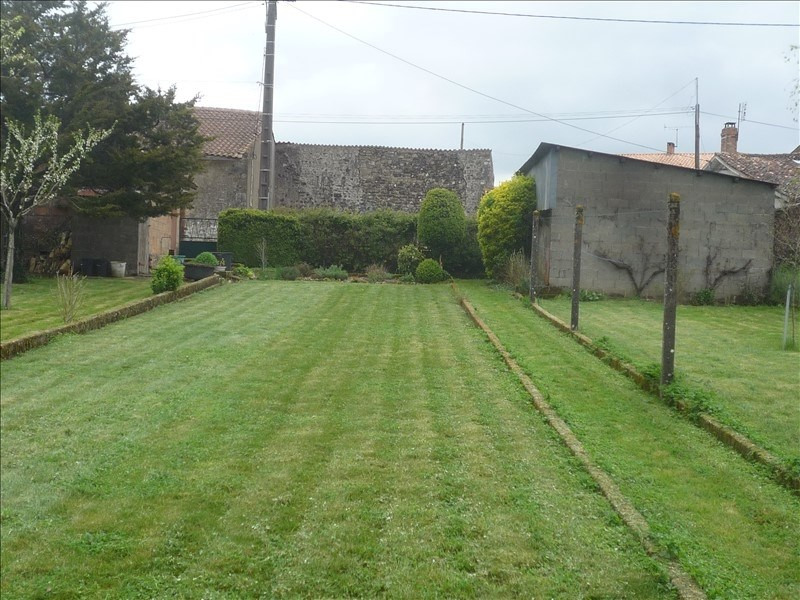 Vente maison / villa Menigoute 55 000€ - Photo 9