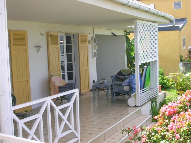 Location maison / villa Les trois mares 1233€ +CH - Photo 6