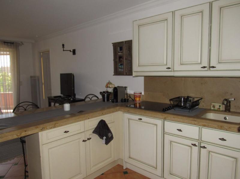 Rental apartment Cavalaire sur mer 1053€ CC - Picture 5
