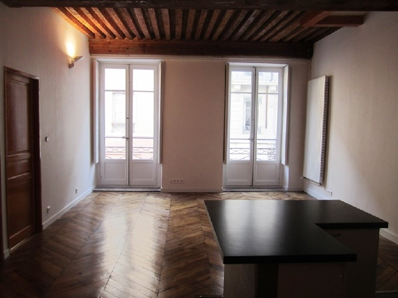 Location appartement Lyon 6ème 1 290€ CC - Photo 2