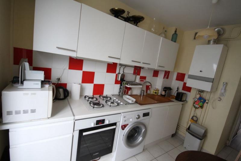 Sale apartment La rochelle 102000€ - Picture 2