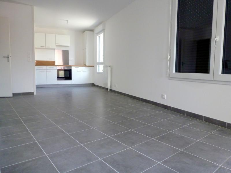 Rental apartment L hermitage 632€ CC - Picture 4