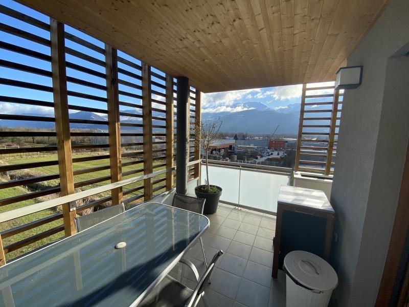 Sale apartment Crolles 272000€ - Picture 1