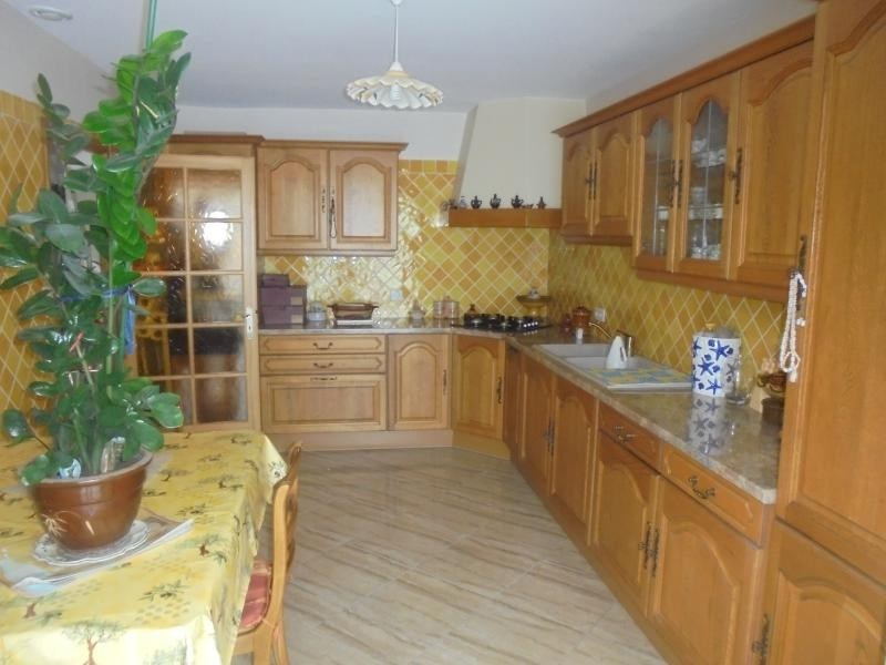 Investment property house / villa Lunel 276000€ - Picture 3