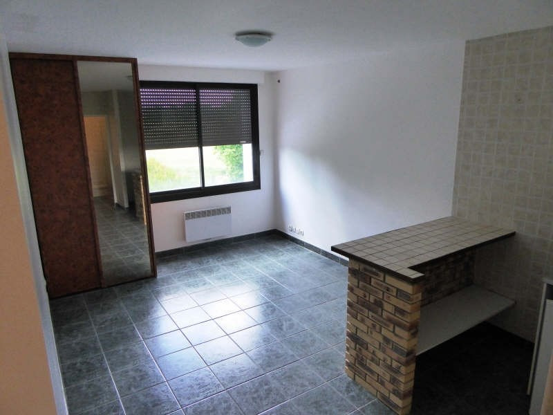 Location appartement Vielle eglise 610€ CC - Photo 2