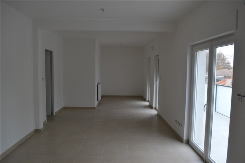 Sale apartment Montelimar 229 000€ - Picture 2