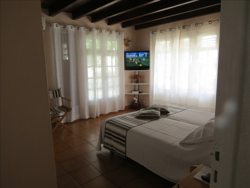 Deluxe sale house / villa Ste anne 1 285 000€ - Picture 4