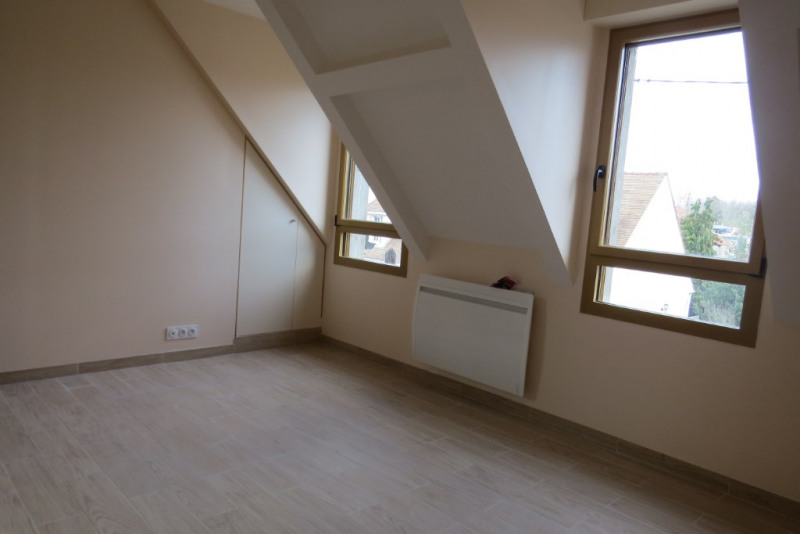 Rental house / villa Maisons laffitte 2 000€ CC - Picture 9