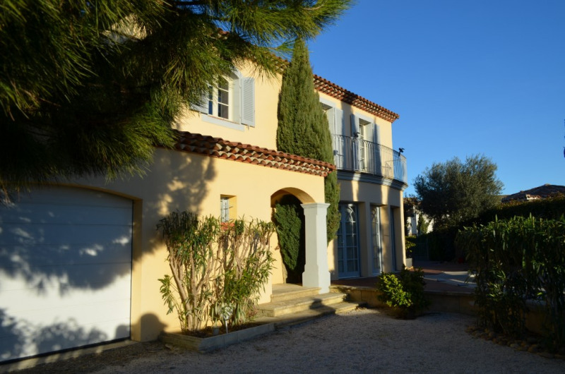Deluxe sale house / villa Aigues mortes 895 000€ - Picture 1