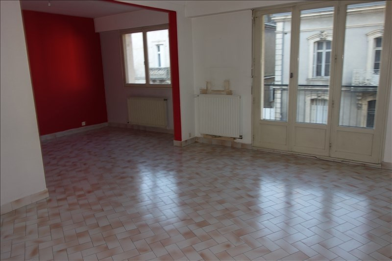 Sale apartment La roche sur yon 93 000€ - Picture 2