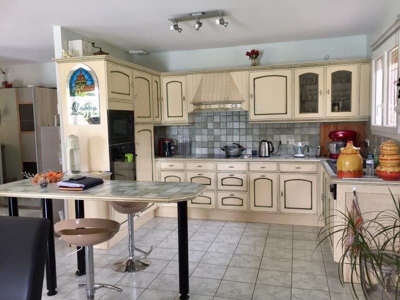 Sale house / villa St martin de gurcon 245000€ - Picture 5