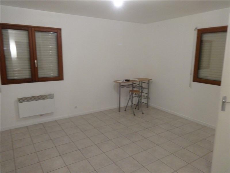 Rental apartment Vernon 428€ CC - Picture 1
