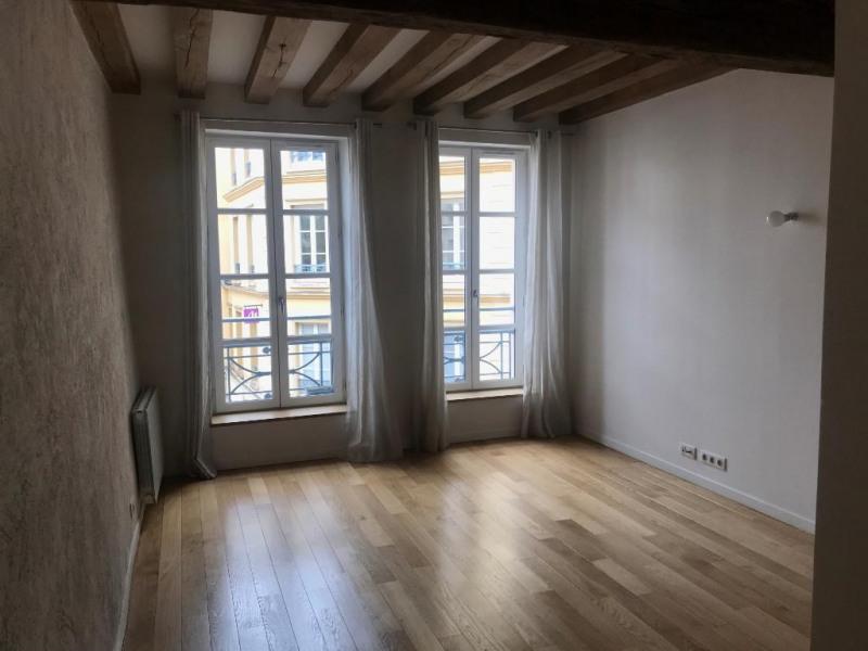 Rental apartment Saint germain en laye 1325€ CC - Picture 1