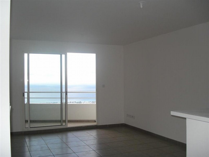 Location appartement Ste clotilde 600€ CC - Photo 5