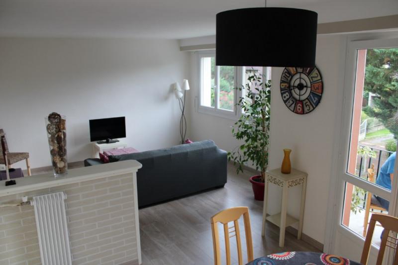 Appartement T4 renover coeur de Jurancon avec garage